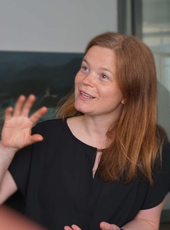 Jana Berthold erläutert Unternehmenskommunikation mit Strategie